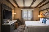 mfebr-guestroom-0057-hor-clsc