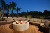 outdoo-lounge-with-firepit